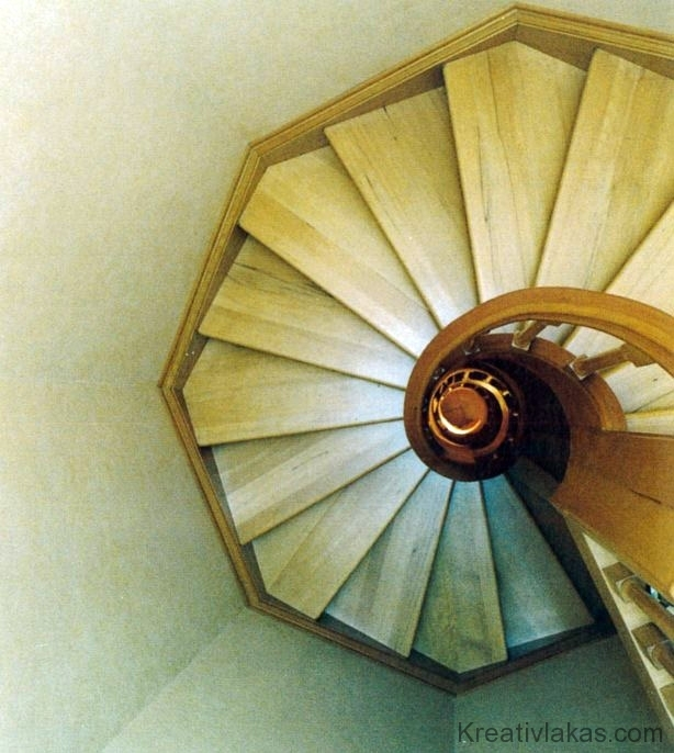 Csigalépcső 1.