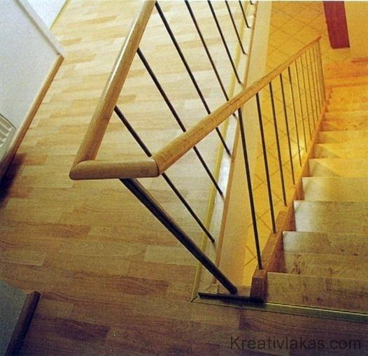 Meredek egykarú egyenes lépcső 2.