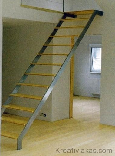 Meredek egykarú egyenes lépcső