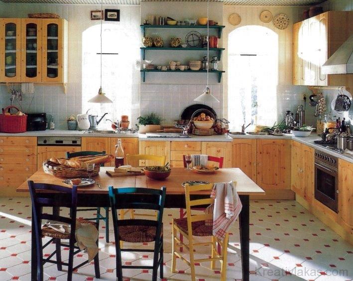 Étkezőhely kialakítása a konyhában