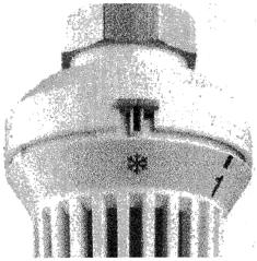 7.182. ábra. Fagyvédelmi jelzés a termosztatikus radiátorszelepen.